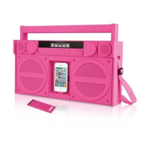 iPhone-iPod-SDI-iHome-iP4-Portable-FM-Stereo-Boombox-pink-12042012-1a